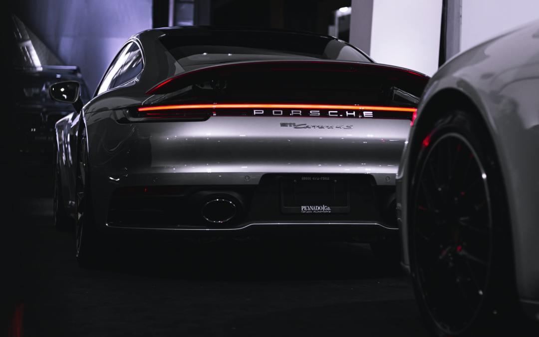 6 Best Garage Gifts for Porsche Lovers