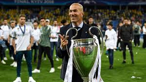 zidane with the ucl trophy