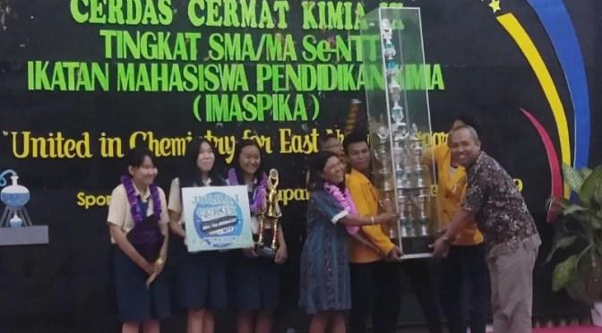 SMAK Giovanni Kupang Raih Juara Cerdas Cermat Kimia Ke-IX Tkt SMA/MA Se-NTT