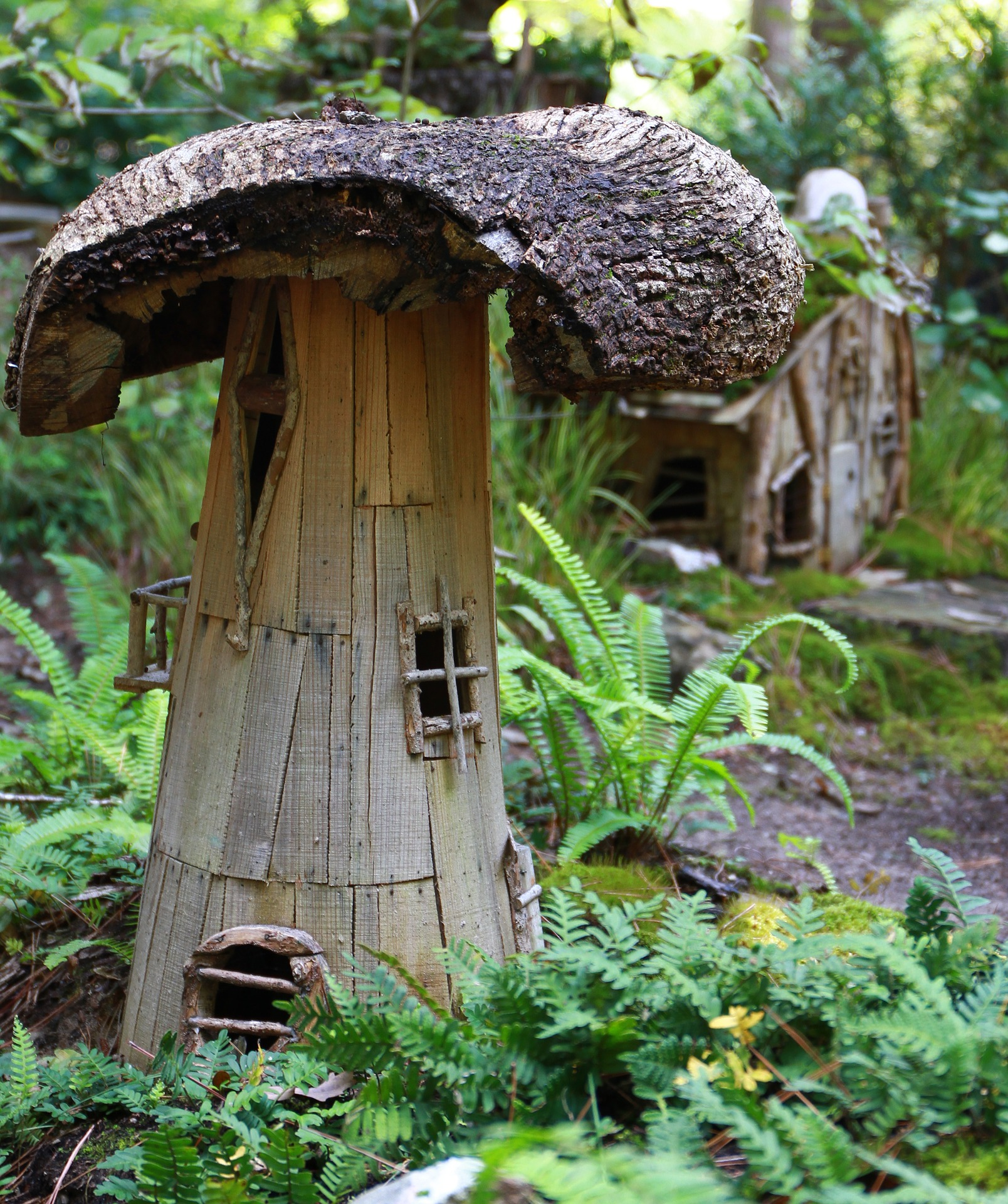 How to Transform Yard Scraps into a Magical Fairy Garden Tree Stump