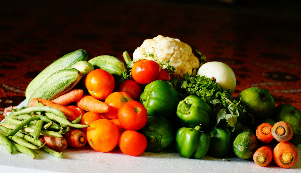 17 of the Best Vegetables for Your Raised Bed Garden