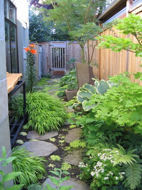 Narrow Side Yard Ideas, Pictures, Remodel And Decor inside Landscaping Ideas For Small Side Yard