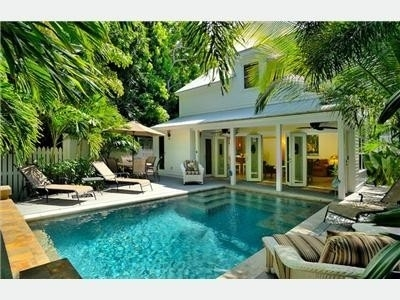 206 Best Patio & Pool Landscaping Ideas Images On Pinterest regarding Backyard Landscaping Ideas Small Yards Pool