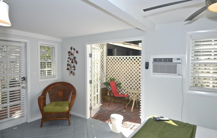 Guesthouse The Garden House, Key West, Fl - Booking within Garden House Bed And Breakfast Key West Reviews