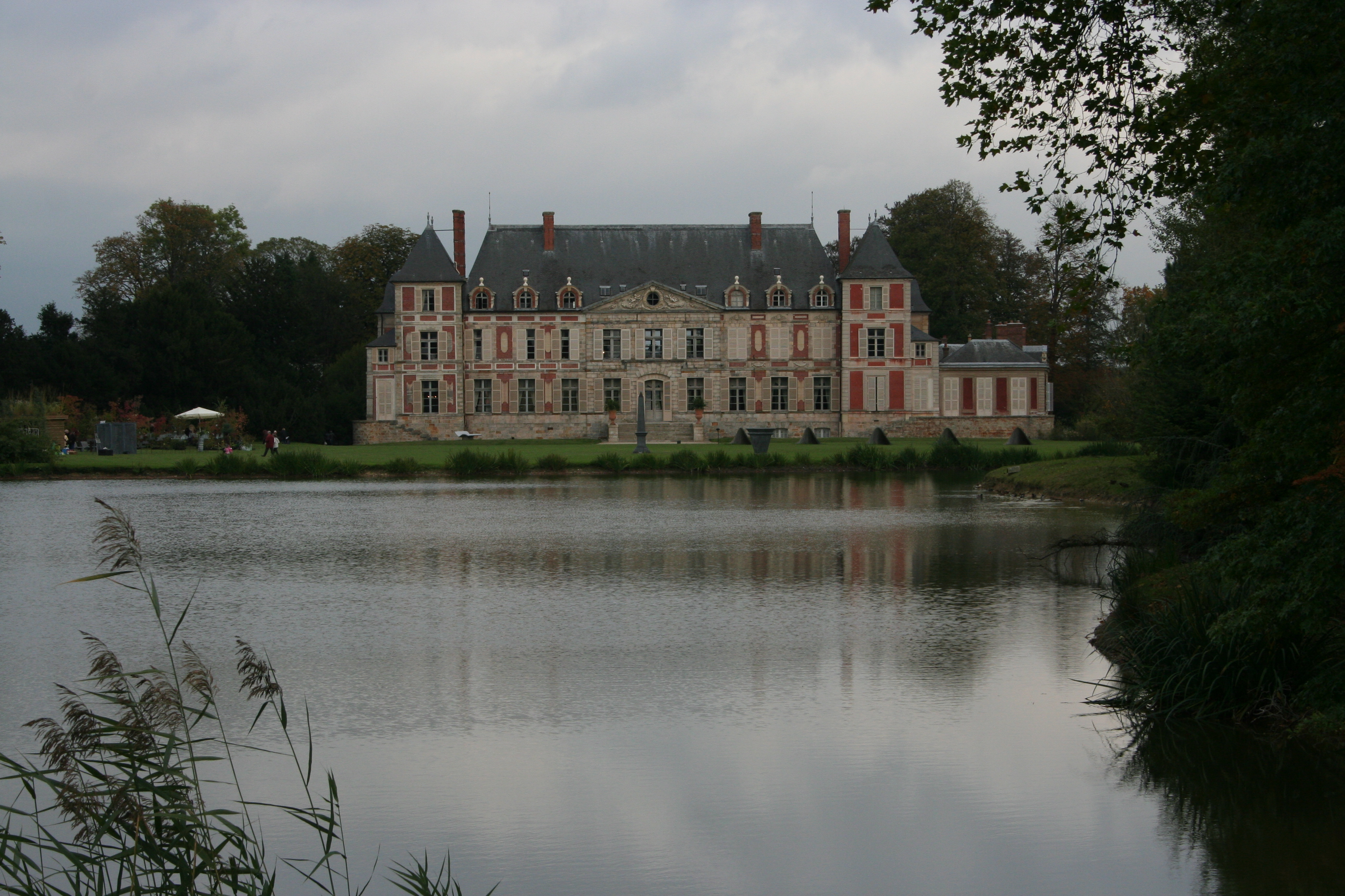 Courson - the chateau from across the lake