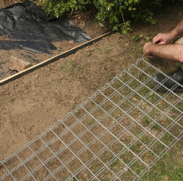 how to build a gabion wall gardendrum. Black Bedroom Furniture Sets. Home Design Ideas