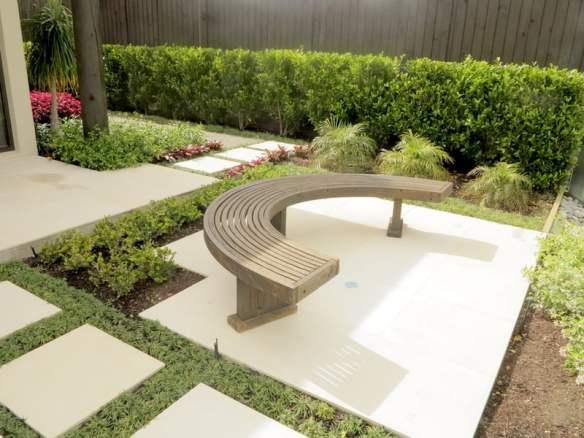 Robyn Shafer Sunny Hills garden