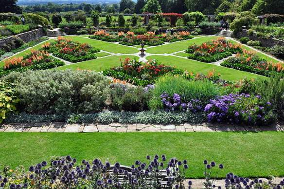 Hestercombe Gardens Designed by Gertrude Jekyll. Photo by xlibber