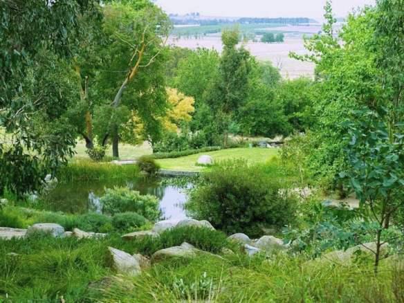 Garden at Lubra Bend. Design Phillip Johnson. Photo Anne Vale