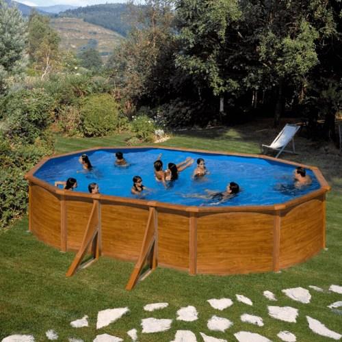 grande-piscina-blanca-baeza-ovalada