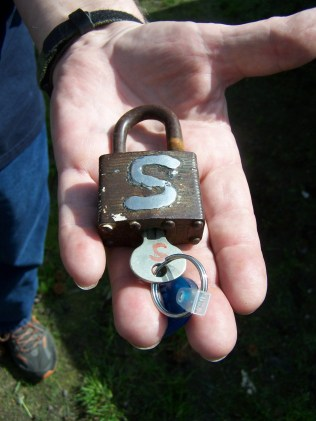 Welded S for Steele on padlock