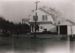 Wilson's Grocery (aka Throckmorton's or Upchurch Store)