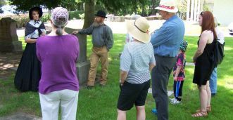 Judy and Dan Donovan in costume - 2017 cemetery tour - Crescent Grove