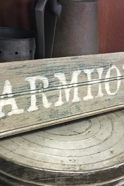 Antique Sign Pick and Paint Workshop