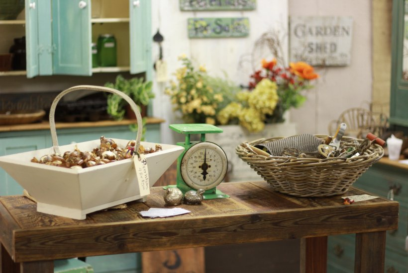 styling an antique booth