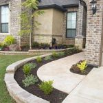 35 Awesome Front Yard Design Ideas (17)