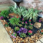 40 Beautiful Front Yard Rock Garden Landscaping Ideas (15)