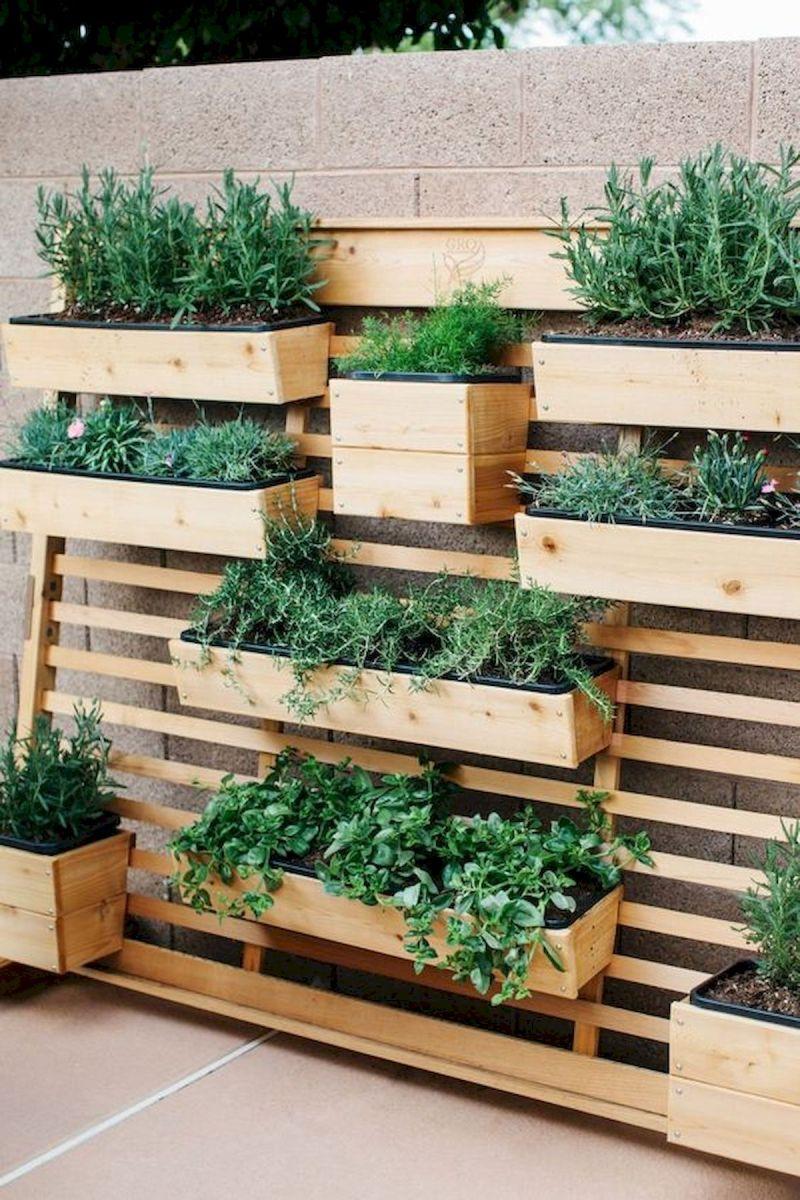 50 Inspiring Small Vegetable Garden Ideas (11)