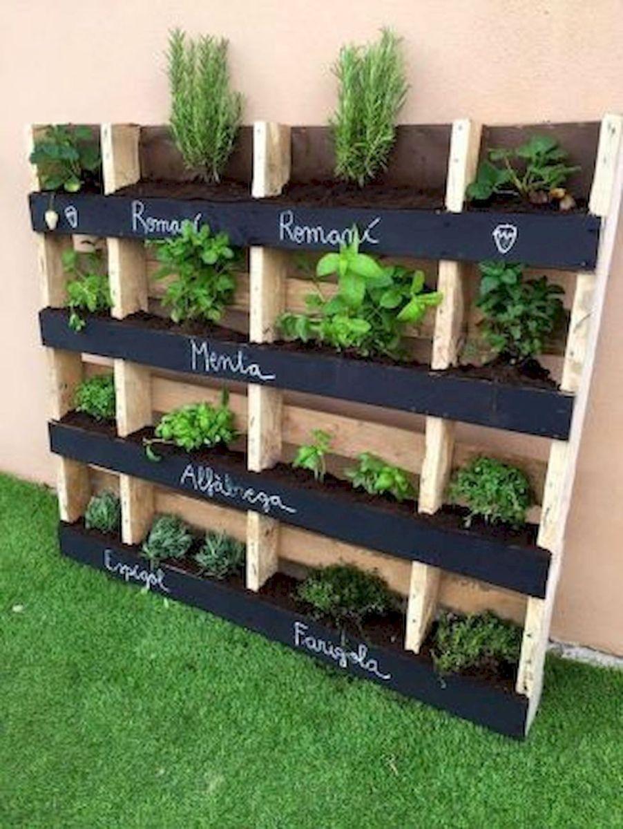 50 Inspiring Small Vegetable Garden Ideas (26)