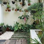 70 Awesome Small Garden Ideas for Apartment (20)