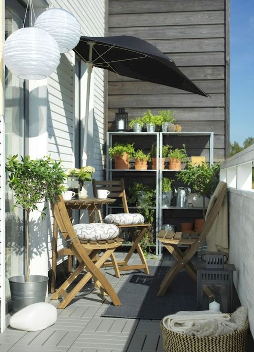 70 Awesome Small Garden Ideas for Apartment (68)