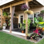 20 Amazing Small Backyard Garden Design Ideas (1)