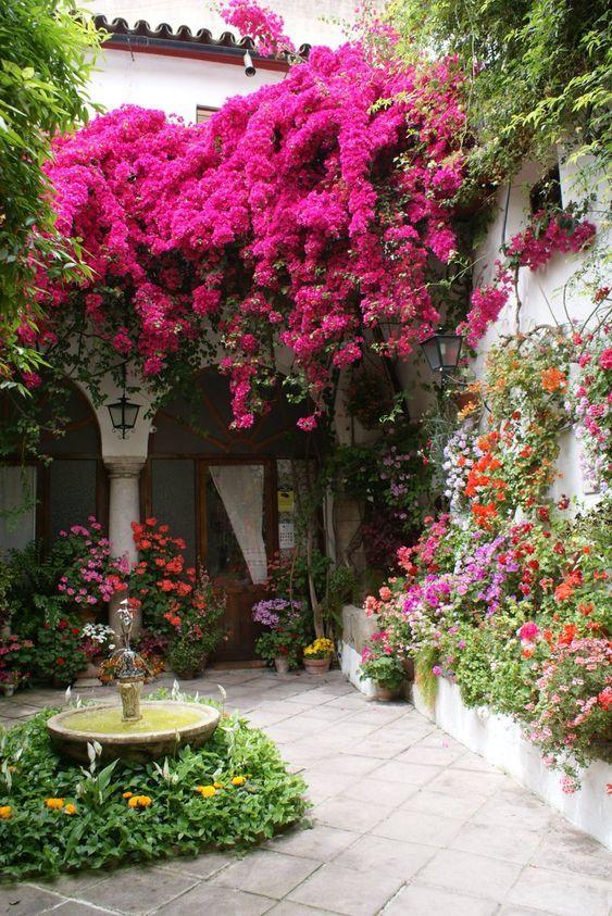 20 Beautiful Backyard Flowers Garden Ideas (11)