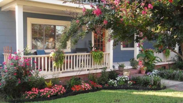 Nice small flower bed ideas for front of house