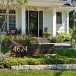 Cool Farmhouse Front Yard Landscaping Ideas