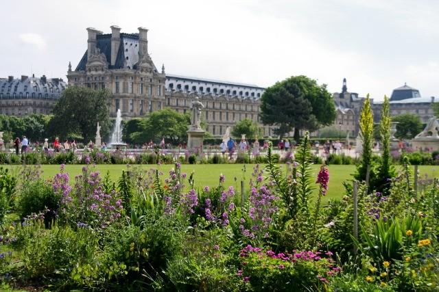 7336108078_8c059e4d7b_b.jpg-Tulieres Garden