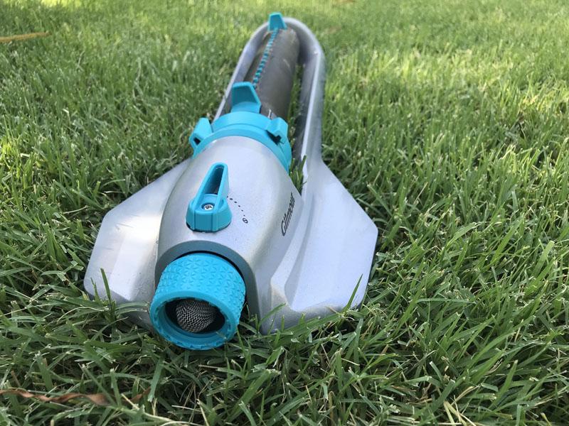 Gilmour rectangular sprinkler from side