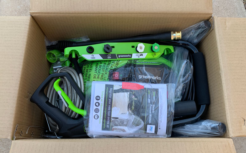 Greenworks-1800-PSI-Pressure-Washer-open-box