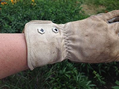 Elastic wrist on StoneBreaker Gloves