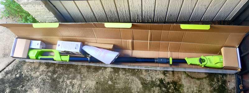 sunjoe-chainsaw-pole-pruner-packaging
