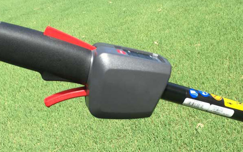 Troy-Bilt Cordless String Trimmer TB4200 Controls