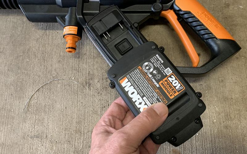 WORX Hydroshot battery installation