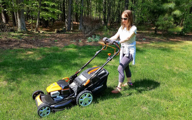 Yard Force 120V Cordless Mower wife had to try it too