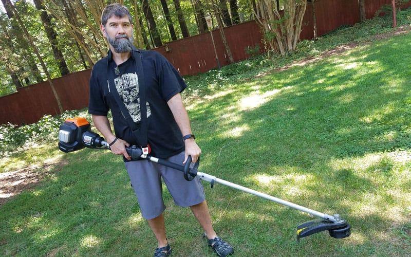 Yard-Force-120v-string-trimmer-better-balanced