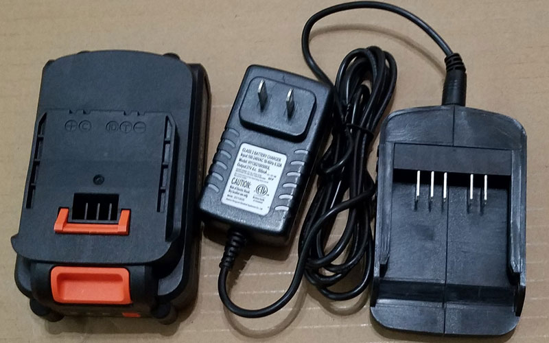 Yard Force Pressure Washer (YF3100ES-R) battery and charger