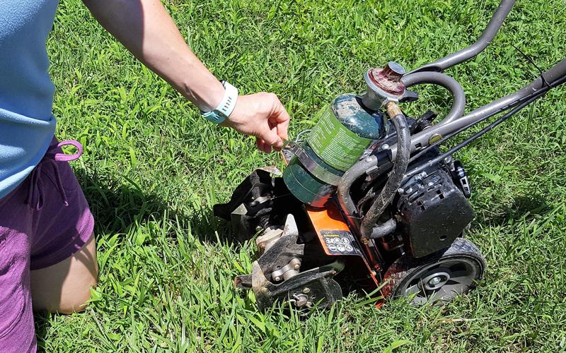Secure Breez R2 propane cylinder