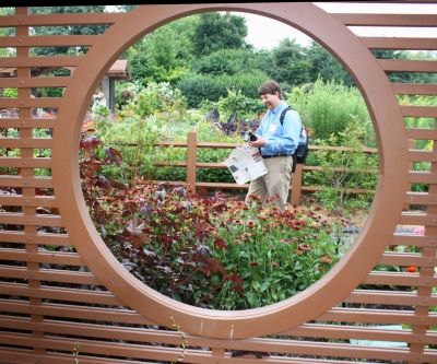 Paul Westervelt is so excited...PPA visits Missouri Botanical Garden