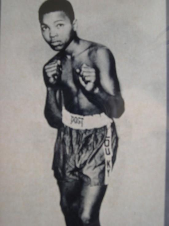 Muhammad Ali, Golden Gloves