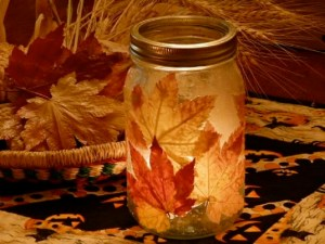 Top-10-diy-projects-with-fall-leaves-3