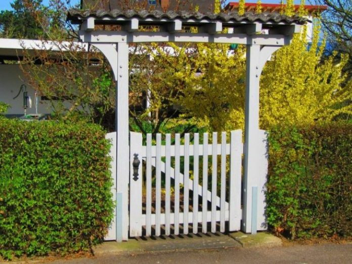 Make an Impression with a Garden Gate