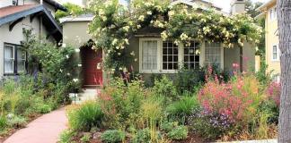 Beautiful Front Yard Landscape that Gives a Good Property Impression