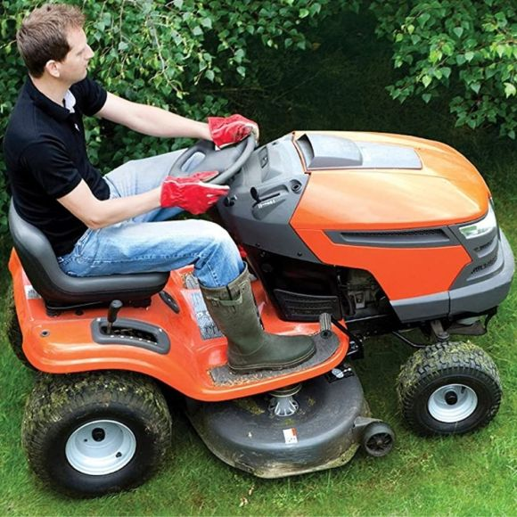 Mistakes to Avoid When Using A Lawn Tractor