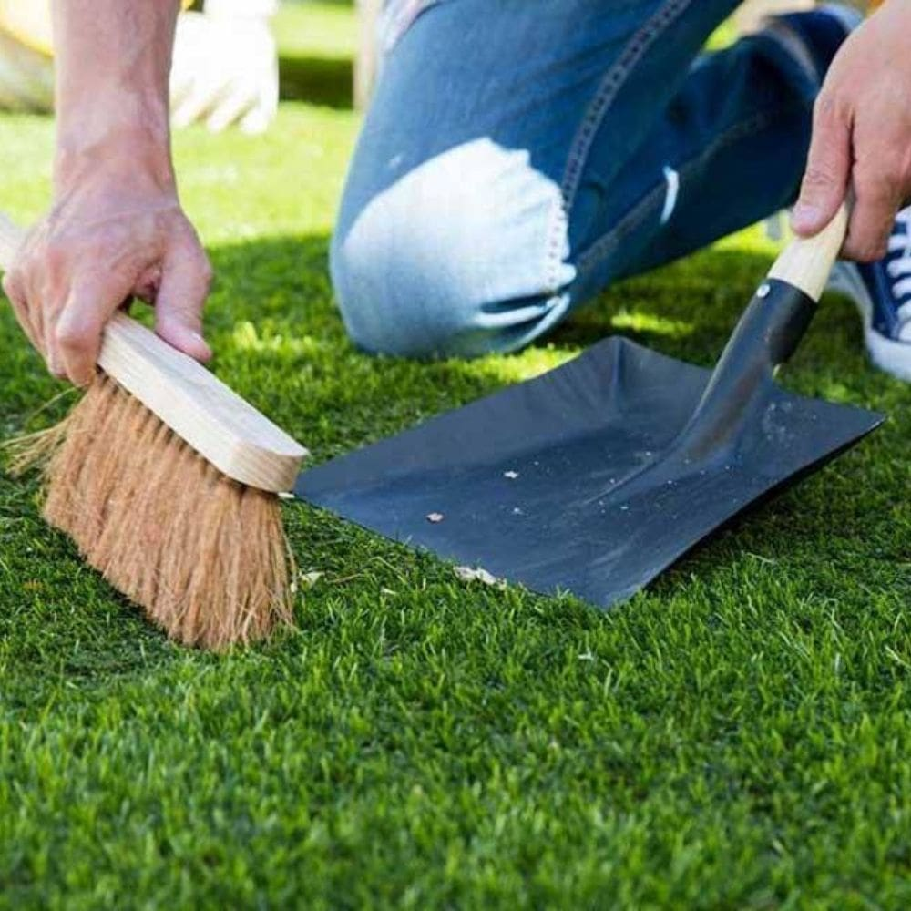 Cleaning of The Artificial Grass