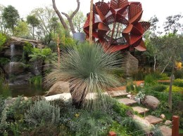 Best in Show Chelsea Flower Show 2013 Design Phillip Johnson