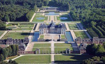 Park and garden at Chateau de Vaux le Vicomte