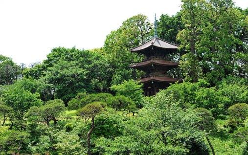 Hotel Chinzanso Tokyo Three storey pagoda